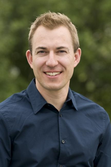 Dr. Shawn Yakimovich headshot